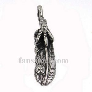 FSP17W19 claw hold the feather biker pendant